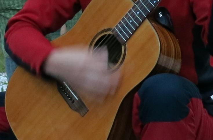 Volební kytarovačka